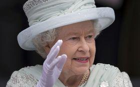 З королевою Великобританії ледь не сталася трагедія: стали відомі деталі