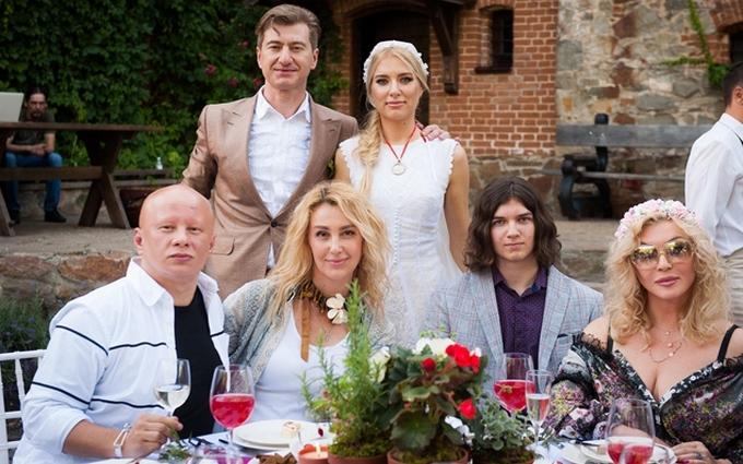 Українські зірки колоритно погуляли на весіллі у Нікітіна: з'явилися фото