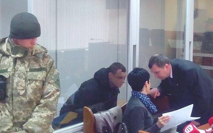Лидер «Азов-Крым» появился на суде с синяками и рассказал об избиениях: опубликовано фото