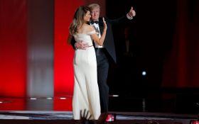 Трамп с женой исполнили первый танец после инаугурации: появилось видео
