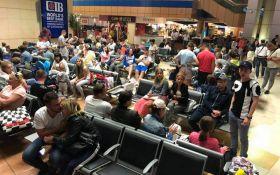 Мы в плену: сотни украинцев более суток не могут вылететь из Египта в Украину