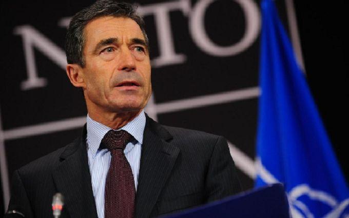 Екс-генсек НАТО обнадіяв Україну на рахунок американської зброї і вторгнення Путіна