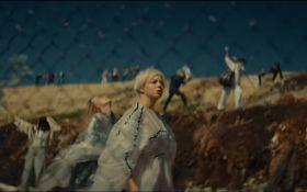 Место жизни и смерти: ONUKA выпустила красноречивый клип, снятый на свалке