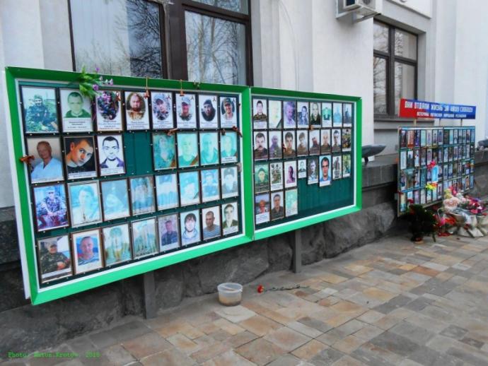 Ждал, когда этот Донбасс снесут c лица земли - рассказ луганчанина о жизни в ЛНР (4)