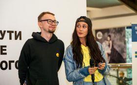 Алина Паш и Фрил записали рэп о гендерном равенстве