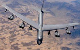 """Росія, тримай """"подарунок"""": США перекинули до Європи 6 бомбардувальників"""
