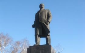 В окупованій бойовиками Макіївці розбили радянський пам'ятник