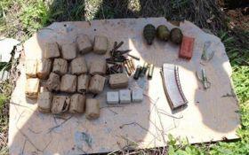 В Одесской области на кладбище обнаружен арсенал боеприпасов: появились фото