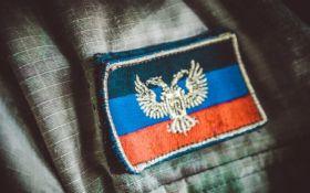 На Донбасі затримали жінку, яка доповідала бойовикам ДНР про позиції сил АТО: з'явилося відео