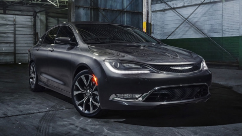Самая доступная модель Chrysler будет отозвана из-за проблем с КПП (1)