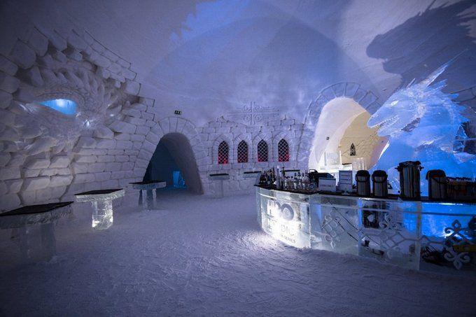 """У Лапландії побудували льодовий готель за мотивами """"Гри престолів"""": вражаючі фото і відео"""