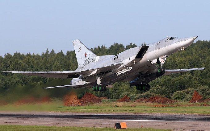 Які літаки Путіна розмістили в Ірані: несподівані дані і фото з супутника