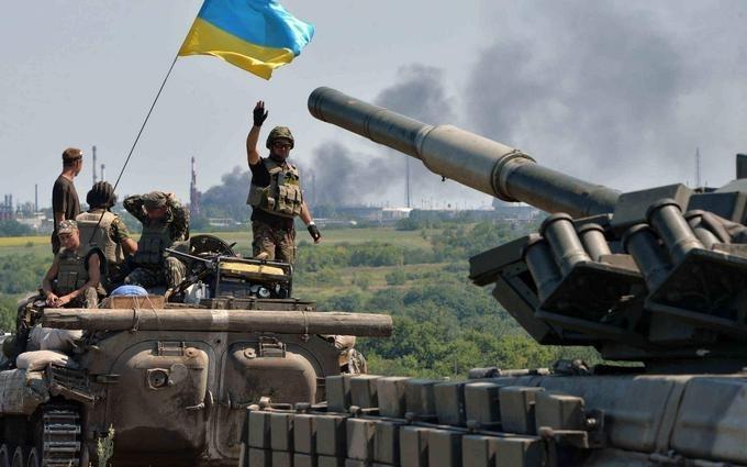 Знову загиблі: у Порошенка заявили про нові втрати сил АТО