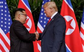 В США объяснили, почему Трамп говорил с Ким Чен Ыном тет-а-тет