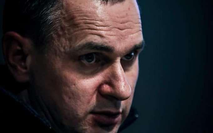 Неможливо домовитися: Сенцов дав пораду Зеленському