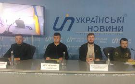 Активисты «Национального сопротивления» осудили торговлю компаний украинских политиков с РФ