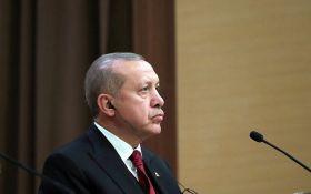 Позбутися від кайданів долара: Туреччина жорстко відповіла на санкції і мита США