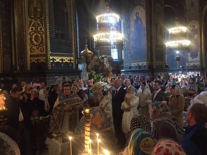 Тимошенко хрестила онучку в знаменитому соборі: опубліковані фото (1)