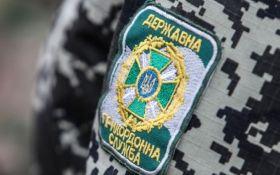 Украинских пограничников обстреляли из России