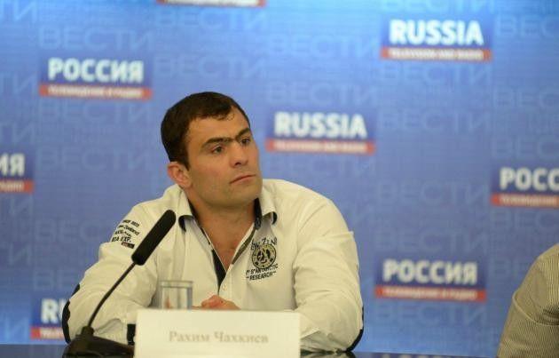 Экс-чемпион мира житель россии Рахкиев завершил карьеру боксера
