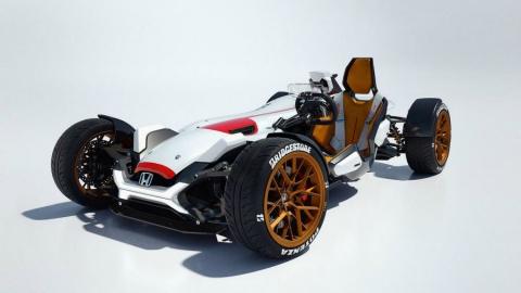 Honda выпустила трековый спорткар с мотоциклетным мотором (5 фото) (1)