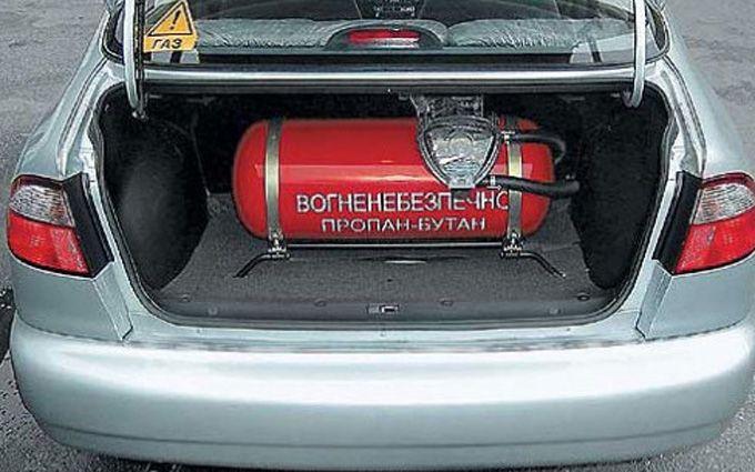 ВДарницком районе столицы Украины произошел взрыв наСТО, есть пострадавшие
