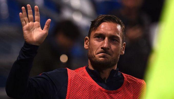 Футболист Франческо Тотти объявил , что приступает кработе напосту директора «Ромы»