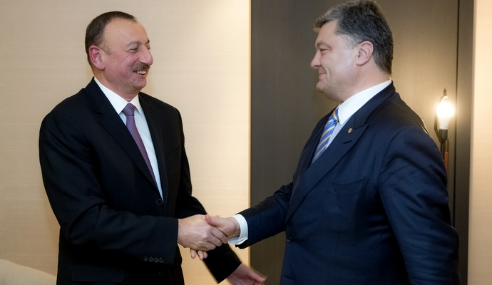 Президенты Украины и Азербайджана обговорили транспортные маршруты