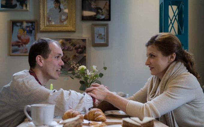 Жена Порошенко сходила на кофе с больным ДЦП переселенцем: опубликованы фото