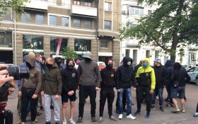 Во время акции против гомофобии в Харькове пострадали полицейские