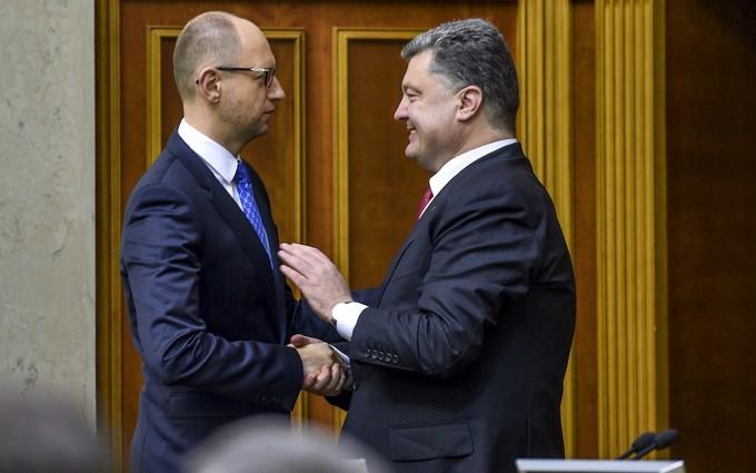 СМИ узнали о тайных встречах Порошенко и Яценюка с Коломойским