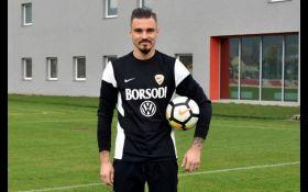 Іноземний клуб кинув українського футболіста