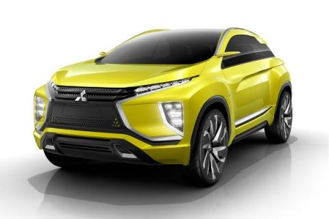 Mitsubishi показала прототип електричного кросовера під назвою eX (5 фото) (4)