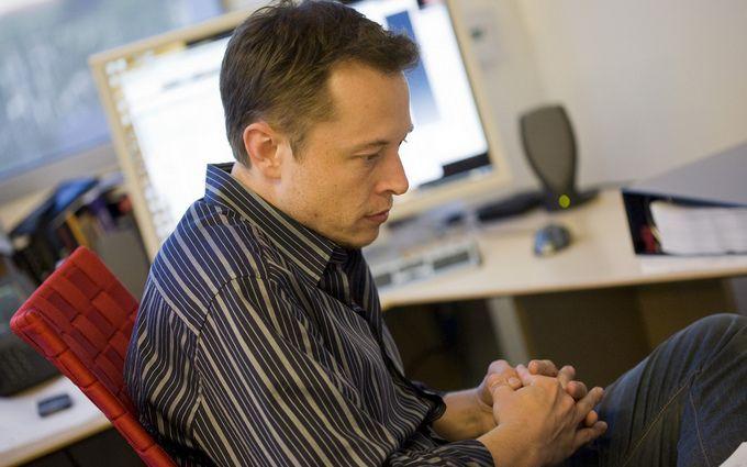 СМИ акционеры Tesla пытаются избавиться от Илона Маска