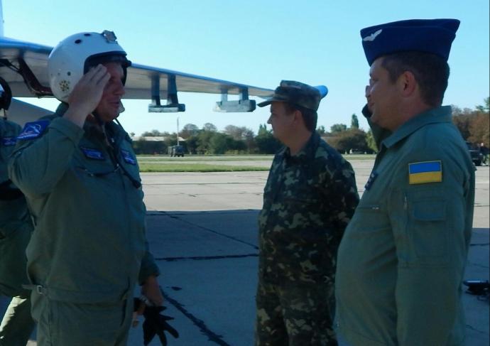 Українського військового льотчика в Європі визнали найкращим: з'явилися фото і відео (1)