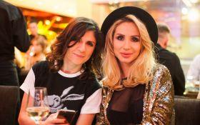Продюсер Лободы похвасталась российскими наградами певицы: опубликовано фото