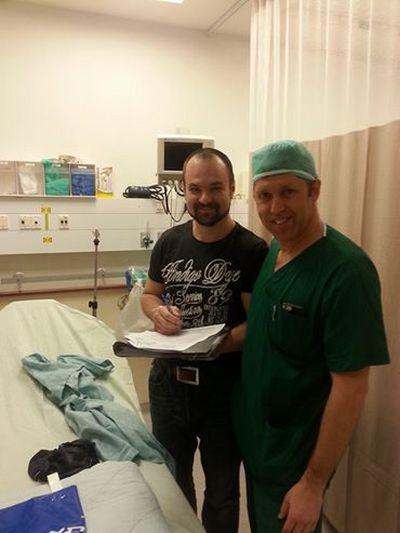 Известный украинский музыкант показал свои фото после операции (2)