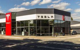 Хакеры взломали Tesla для майнинга криптовалюты