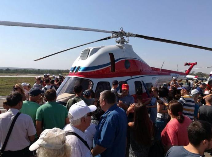 В Запорожье представили первый украинский вертолет: опубликованы фото (3)