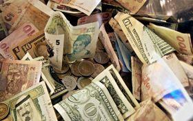 Курс валют на сьогодні 2 грудня: долар не змінився, евро не змінився