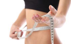 Ученые доказали неожиданную пользу лишнего веса для молодых женщин
