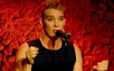 Молодая французская певица умерла на сцену во время концерта