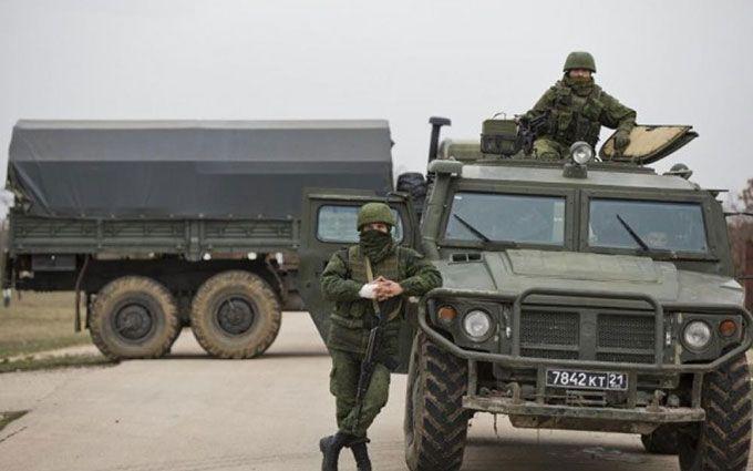 З'явилися нові фото військової техніки, яку Росія зганяє до Криму