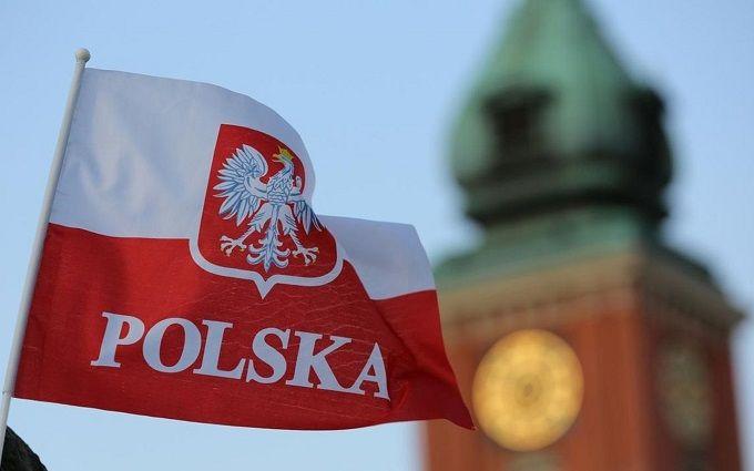 Миллион украинцев спасли Польшу от крупных проблем: Bloomberg раскрыл детали