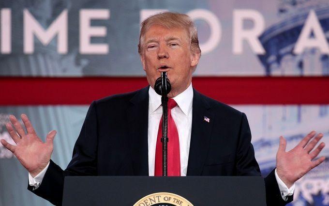 Заява Трампа неочікувано зупинила стрімке зростання долара