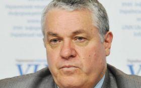 """Одиозный украинский """"ветеран"""" возмутил соцсети просьбой Гройсману: опубликован документ"""