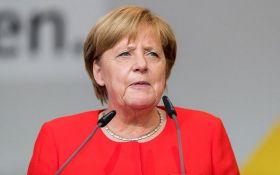 Потім буде пізно: в Бундестазі закликали Меркель жорстко натиснути на Путіна