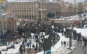 """""""Кава на Хрещатику"""": з'явилися фото і відео акції у центрі Києва"""