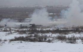 Штаб ООС: боевики обстреляли позиции бойцов ВСУ под Водяным и Марьинкой