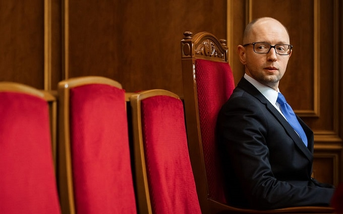 Яценюк выдвинул ультиматум Порошенко: поддержите меня или увольте